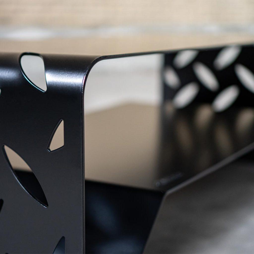 Salontafel design staal zwart woonkamertafel - BIG S - FABRIQ-S - detailfoto lasersnijwerk en afwerking - mobile