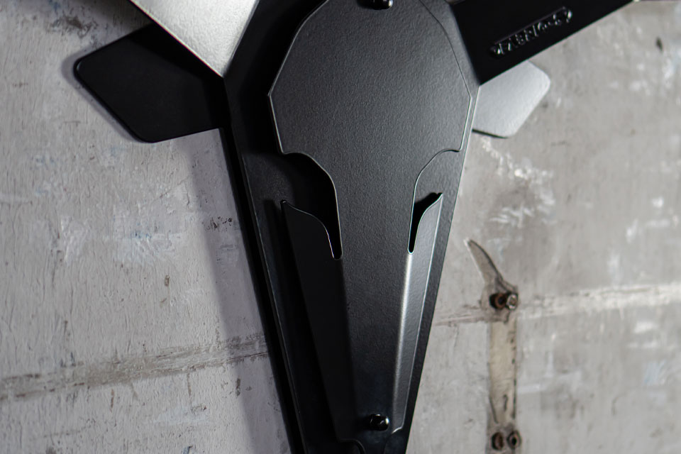 hertenkop wanddecoratie met gewei - zwart staal - FABRIQ S - Detailfoto productpagina